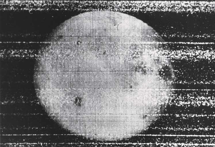 Roskosmos-Luna-3-First-Picture-of-the-Far-Side-of-the-Moon©Roskosmos-courtesy-Daniel-Blau-Munich
