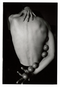 "Maite de Orbe, ""Or a mandarine"", 2019/20, silver gelatin photographs printed by hand, 25,3 x 17,0 cm, © Maite de Orbe, courtesy Daniel Blau, Munich"